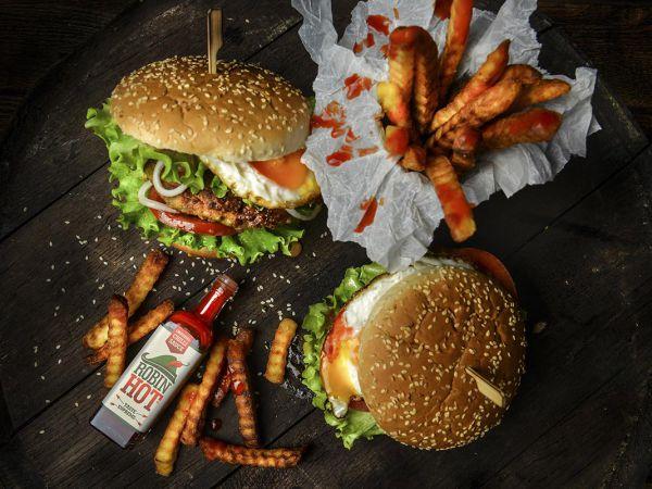burgerB1AEA26E-073B-3A05-66A3-D36975650E88.jpg